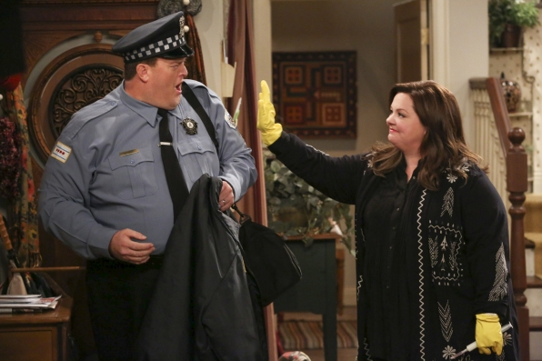 "Mike & Molly in ""Open Mike Night"" S4 E13"
