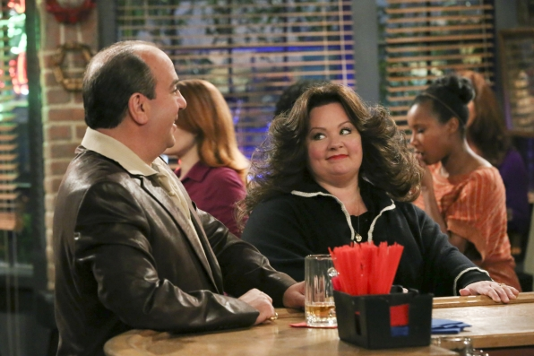 """Vince & Molly in """"Open Mike Night"""" S4 E13"""