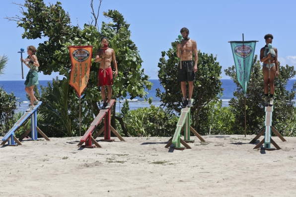Competing for Immunity in Season 28 Episode 9