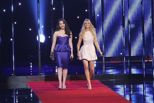 The 2014 People's Choice Awards Show - Hosts Kat Dennings and Beth Behrs
