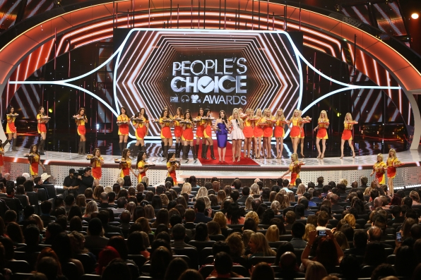 The 2014 People's Choice Awards Show - Opening Act