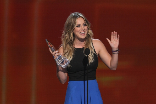 The 2014 People's Choice Awards Show - Favorite Comedic TV Actress: Kaley Cuoco
