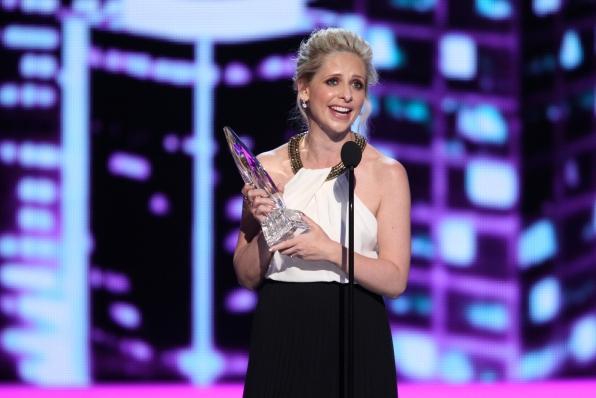 The 2014 People's Choice Awards Show - Favorite Actress in a New TV Series: Sarah Michelle Gellar