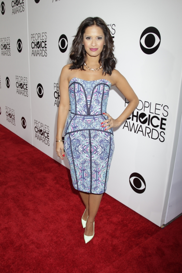 The People's Choice Awards Red Carpet - Rocsi Diaz