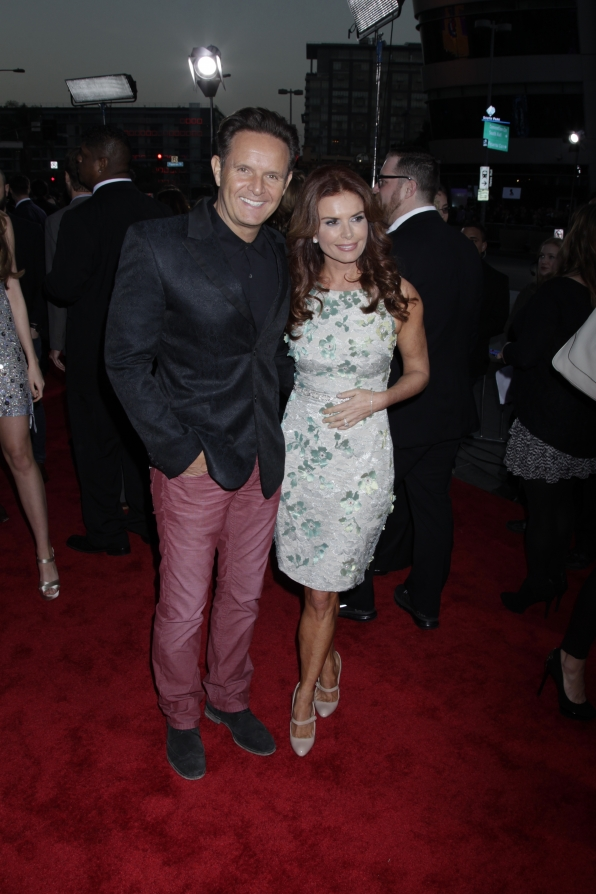 The 2014 People's Choice Awards Red Carpet - Mark Burnett and Roma Downey