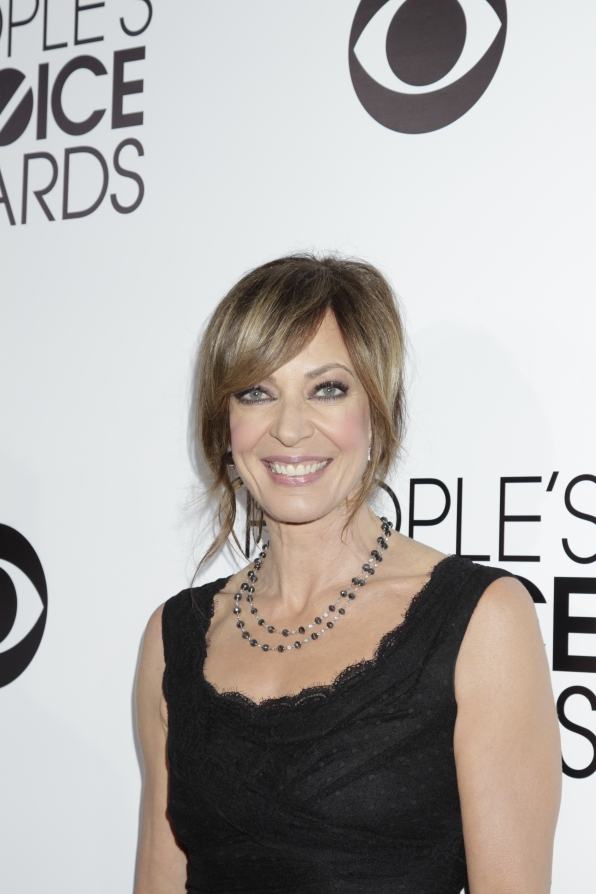 The 2014 People's Choice Awards Red Carpet - Allison Janney