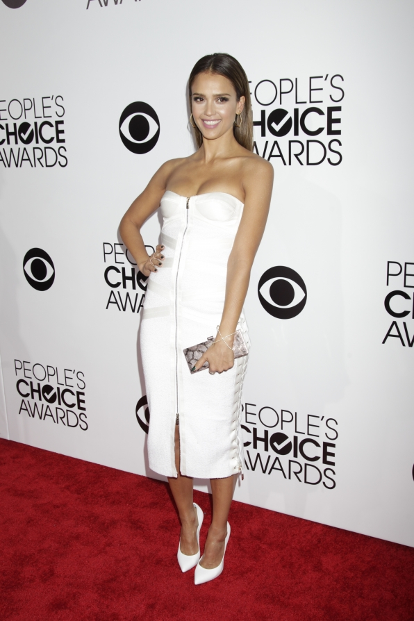 The 2014 People's Choice Awards Red Carpet - Jessica Alba
