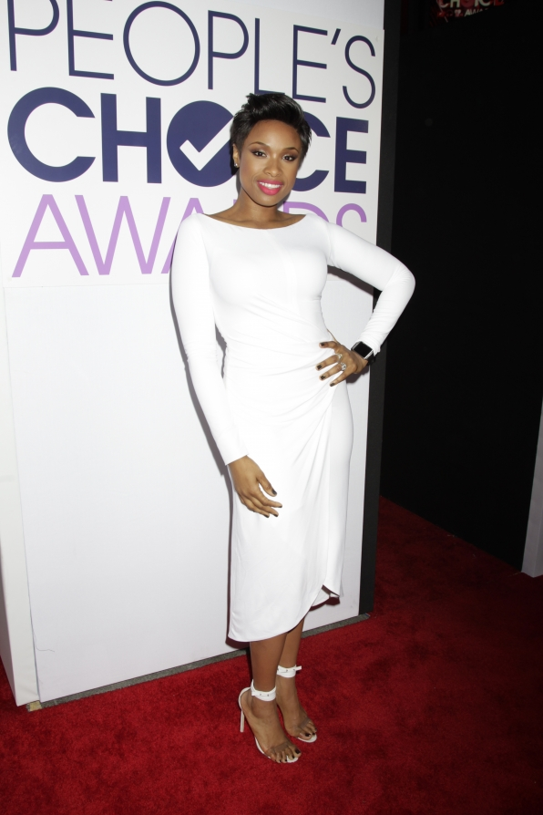 The 2014 People's Choice Awards Red Carpet - Jennifer Hudson