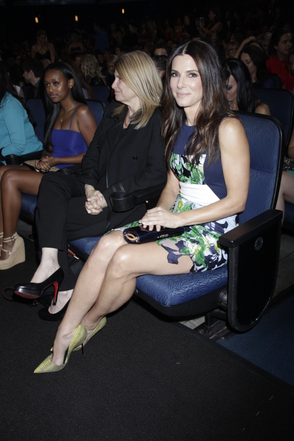 The 2014 People's Choice Awards Behind The Scenes - Sandra Bullock