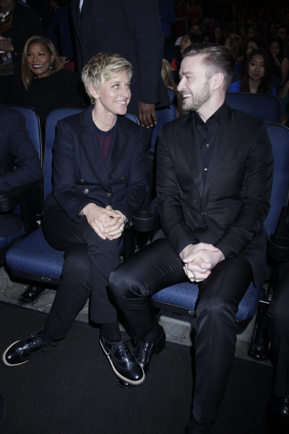 The 2014 People's Choice Awards Behind The Scenes - Ellen DeGeneres and Justin Timberlake