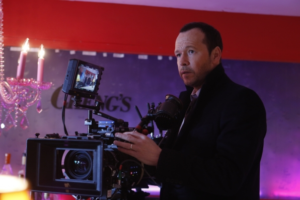 "Donnie Wahlberg Directs ""Manhattan Queens"" Episode of Blue Bloods"