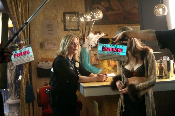 """Behind The Scenes in """"Love For Sale"""" S14 E15"""