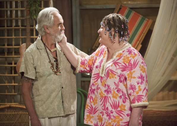 "Hippie love in ""Bahama Mama"" S1 E16"