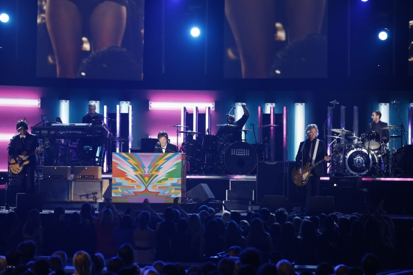 Paul McCartney Performs - GRAMMYs 2014 - CBS.com