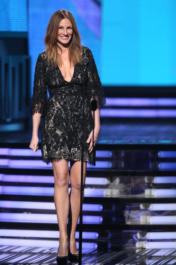 Julia Roberts - GRAMMYs 2014 - CBS.com