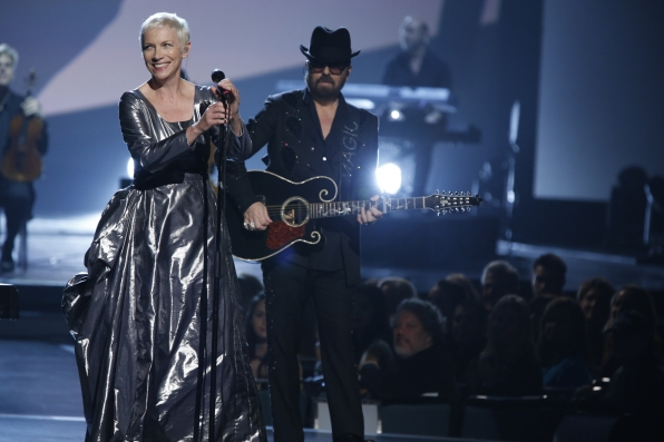 "Eurythmics - ""The Fool on the Hill"" - The Beatles: The Night That Changed America- A GRAMMY® Salute - CBS.com"