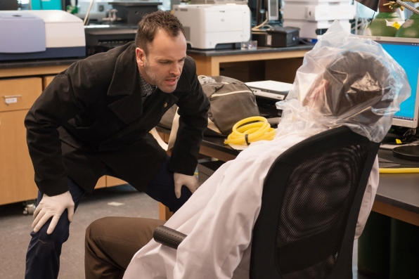 """Was the scientist's death tied to his latest cutting-edge invention? """"The Hound of the Cancer Cells"""" S2 E18"""