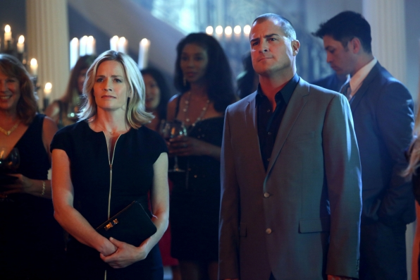 11. Finn and Stokes - CSI: Crime Scene Investigation