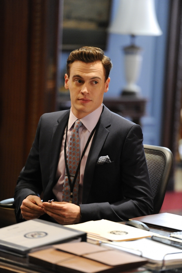 22. Erich Bergen is a native New Yorker.