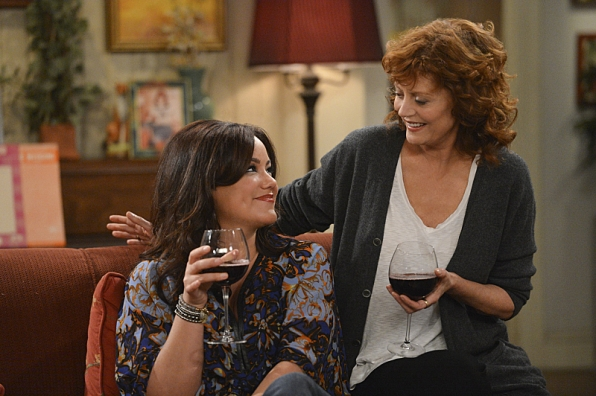 """Women who wine in """"Who's Afraid of J.C. Small"""" S4 E19"""