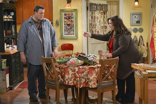 """In the kitchen in """"Who's Afraid of J.C. Small"""" S4 E19"""