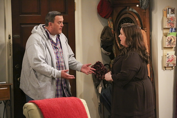 "Mike & Molly in ""Eight Is Enough"" S4 Finale"