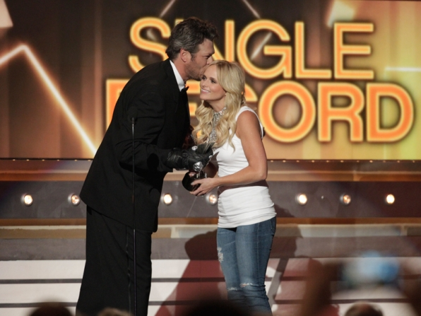 Blake Shelton shows some love to wife, Miranda Lambert - 49th ACM Awards