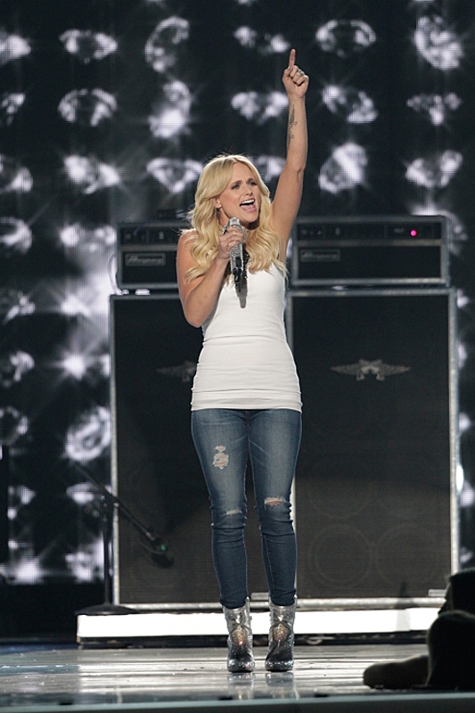 <b>Miranda Lambert – Most Awarded Solo Female Artist</b>