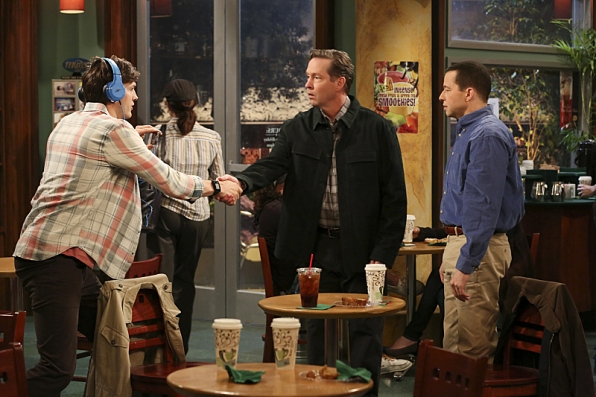 """Coffee shop in """"Oh, Wald-E, Good Times Ahead"""" S11 E22"""
