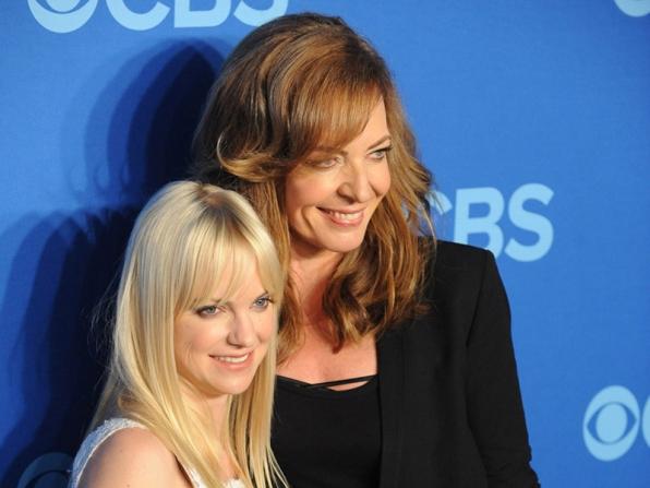 "The Cast of ""Mom"" - 2014 CBS Upfront Presentation"