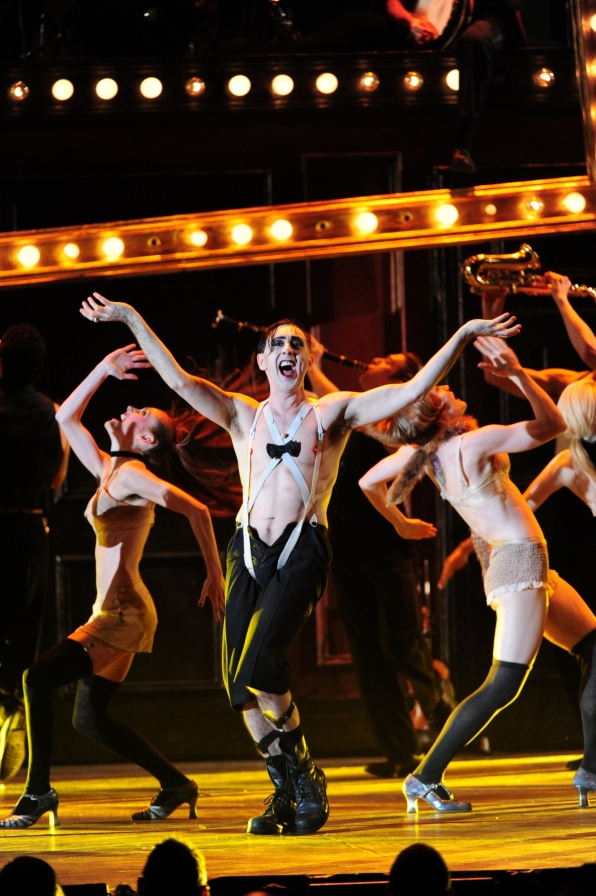 Alan Cumming and the cast of Cabaret - 2014 Tony Awards