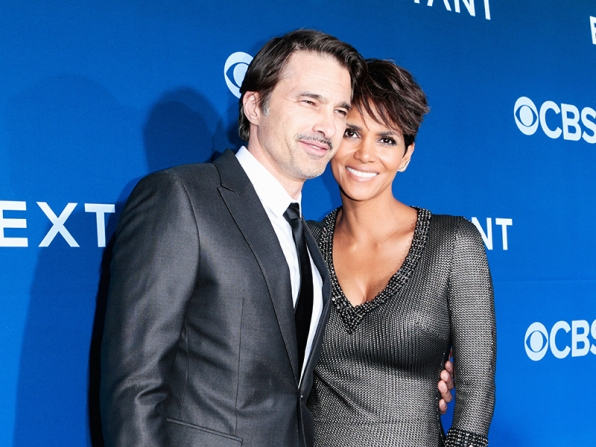 Halle Berry and Olivier Martinez - Extant Premiere Red Carpet