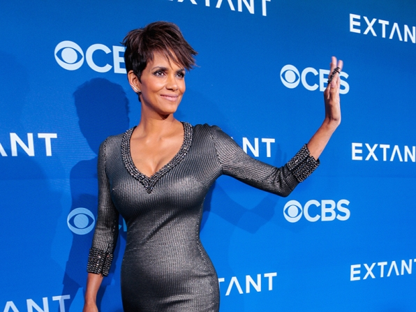 Halle Berry - Extant Premiere Red Carpet