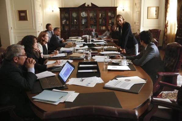 Crucial Meeting - S1E2