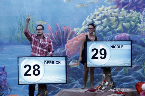 Derrick and Nicole are crowned the new HoHs