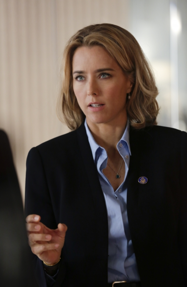 Secretary of State Elizabeth McCord - S1E3