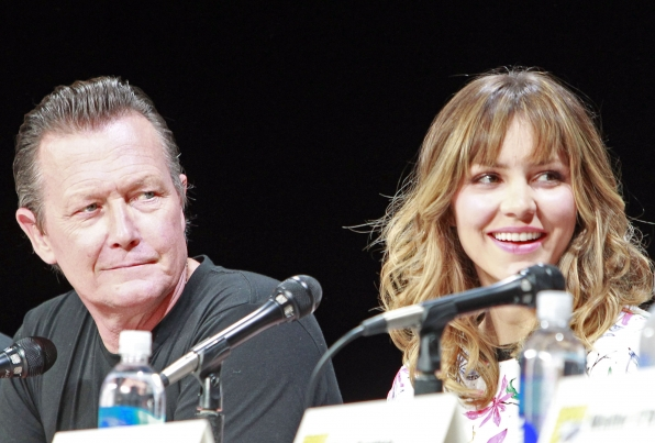 Robert Patrick Joins Katharine McPhee on Stage