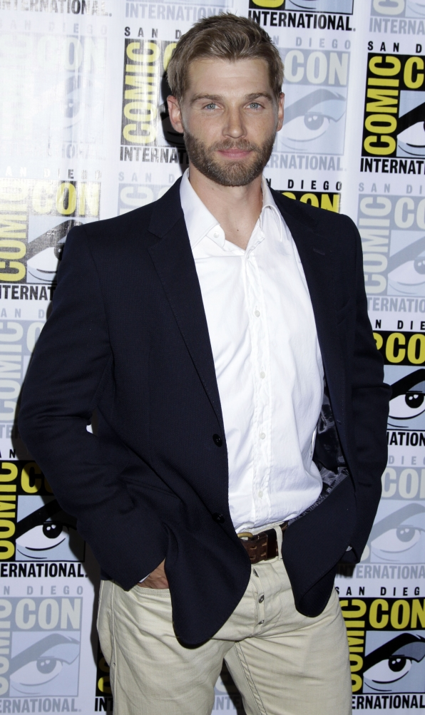 Mike Vogel Looking Sharp