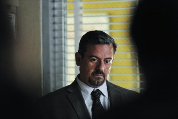 Frank Pando as Alex Fuente  - S5E3