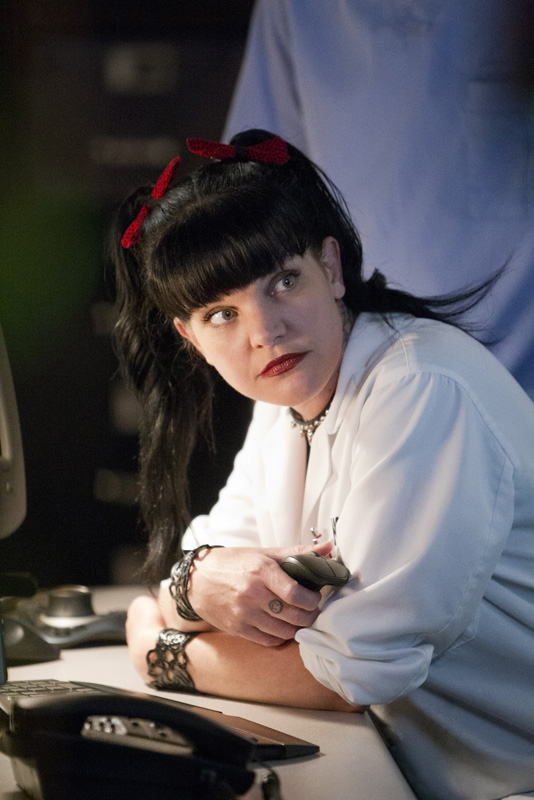 "3. <a href=""https://twitter.com/PauleyP"">Pauley Perrette (NCIS) on Twitter</a>"