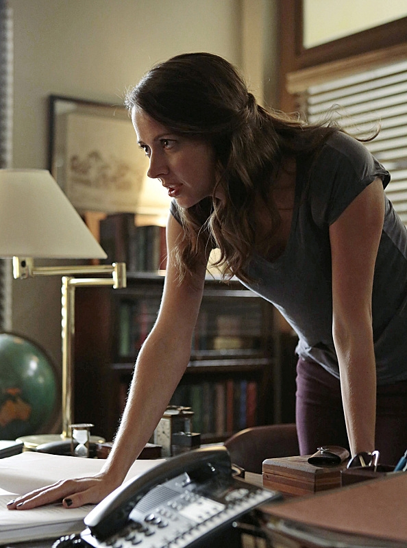 "Root lays down the law in ""Panopticon"" S4E1"