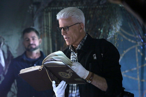 """""""The Book of Shadows"""" - CSI S15 E3"""
