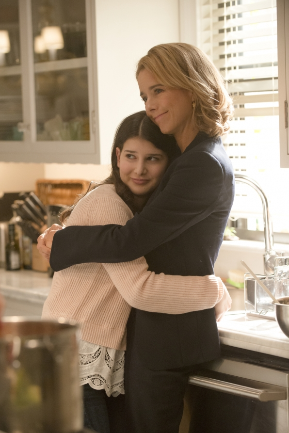 Mother Daughter Hug - S1E5