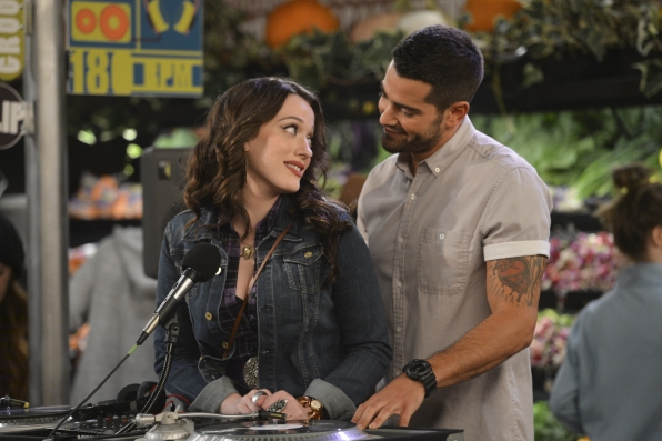 Jesse Metcalfe guest stars as Max's Tuesday boyfriend