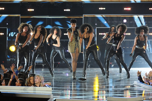 8. A fiery performance from Jennifer Hudson.