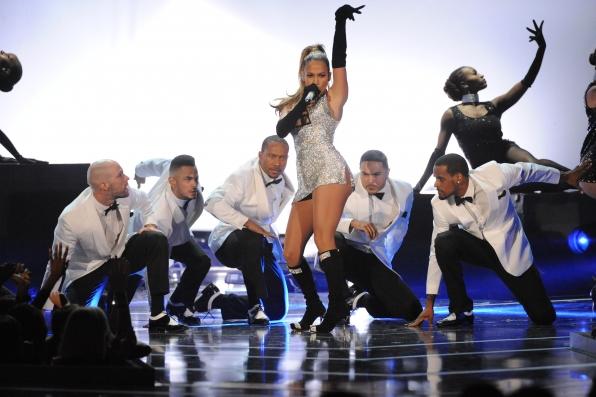 1. Jennifer Lopez's crowd pleasing performance.