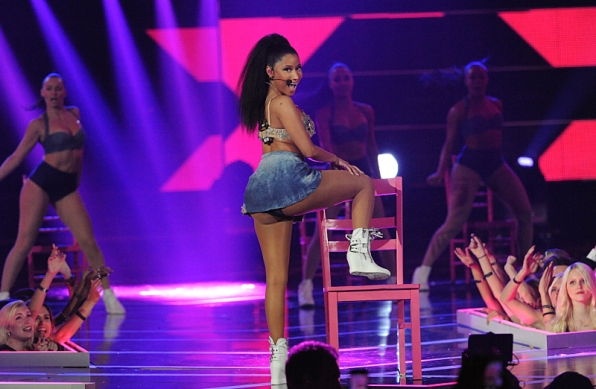 Nicki Minaj performs on Fashion Rocks