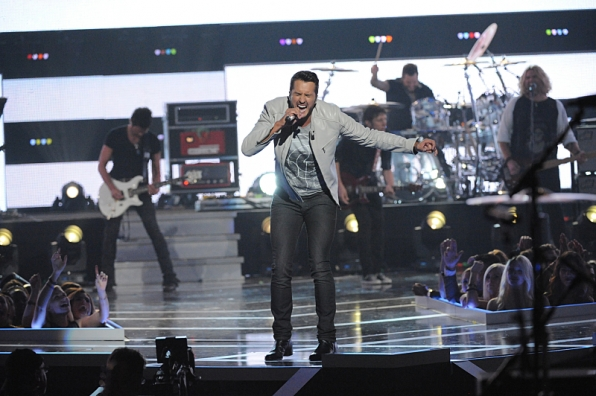 Luke Bryan - Fashion Rocks