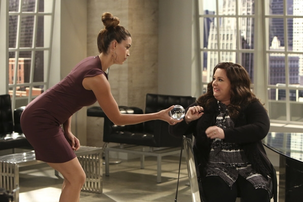 What will Molly do when faced with this dilemma on Mike & Molly?