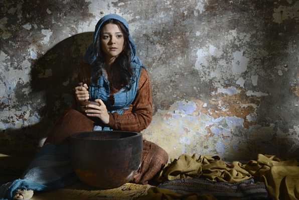 Kathryn Prescott stars as Aziza, one of the title dovekeeper roles.